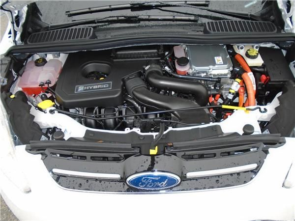 2015 Ford C-Max Hybrid SEL Engine