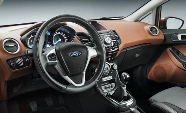 2015 Ford Escort Interior