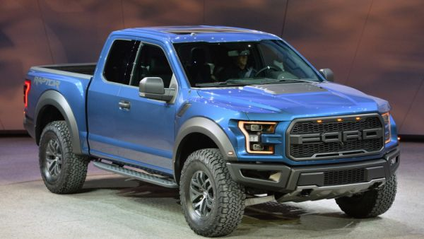 2015 ford f 150 raptor price specs mpg. Black Bedroom Furniture Sets. Home Design Ideas