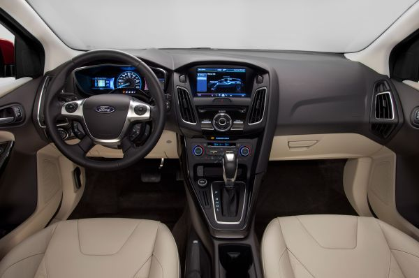 2015 - Ford Focus Electric Interior