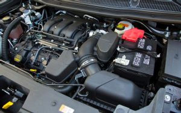 2015 - Ford Interceptor Engine