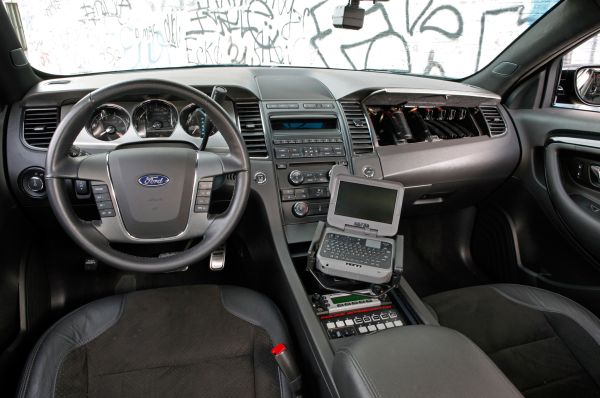 2015 - Ford Interceptor Interior