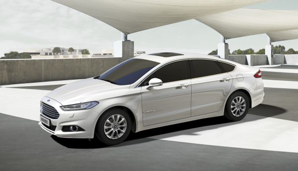 2015 Ford Mondeo Hybrid FI