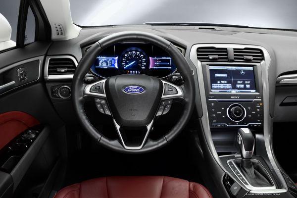 2015 Ford Mondeo Interior