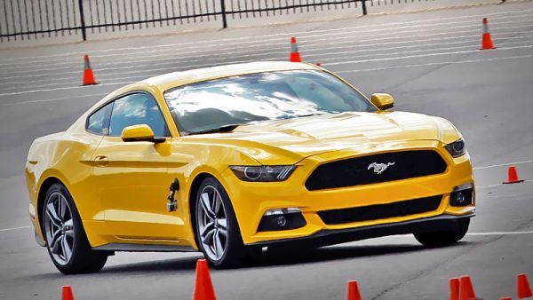 2015 - Ford Mustang Ecoboost