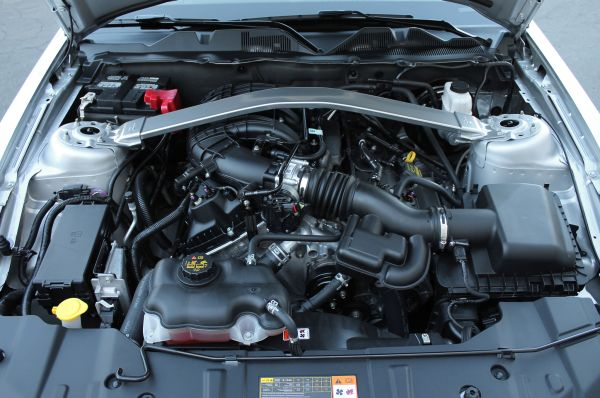 2015 - Ford Mustang V6 Engine