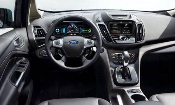 2016 - Ford C-Max Energi Interior