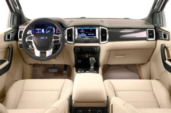 2016 - Ford Everest Interior