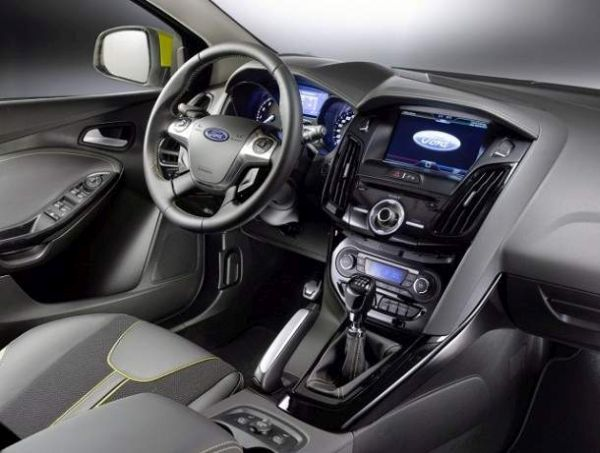2016 - Ford Focus ST Interior