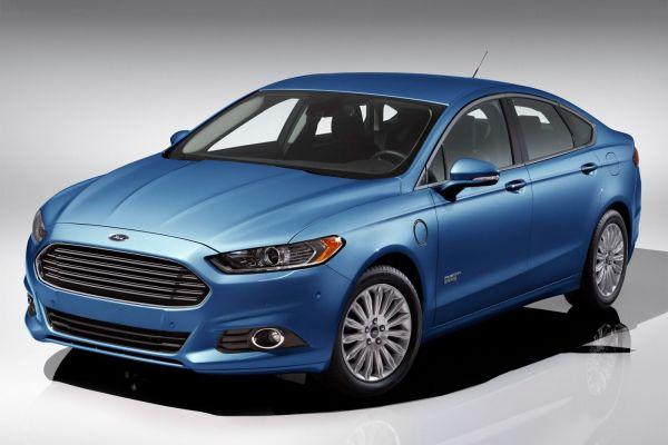 2016 - Ford Fusion Energi FI