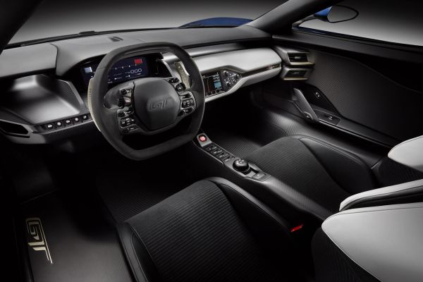 2016 - Ford GT 40 Interior