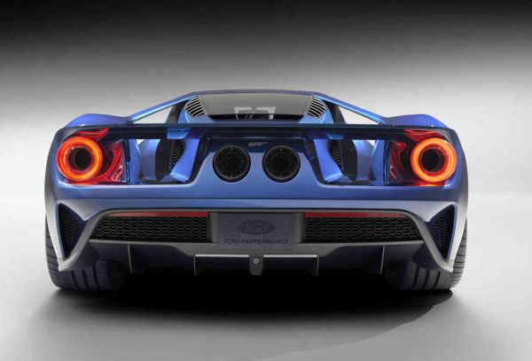 2016 - Ford GT 40 Rear View