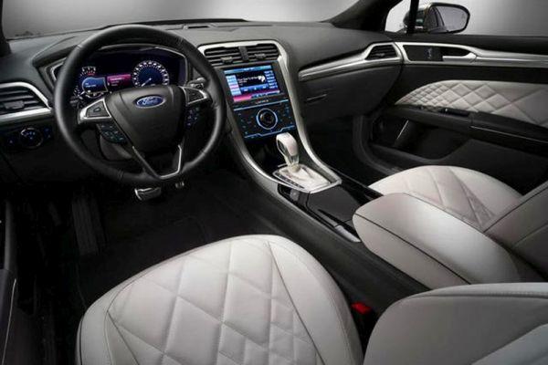 2016 - Ford Mondeo Interior
