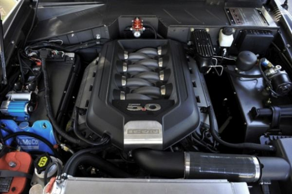 2016 Ford SVT Bronco Engine