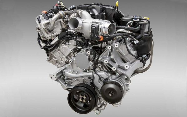 Ford Super Duty Engine - 2016