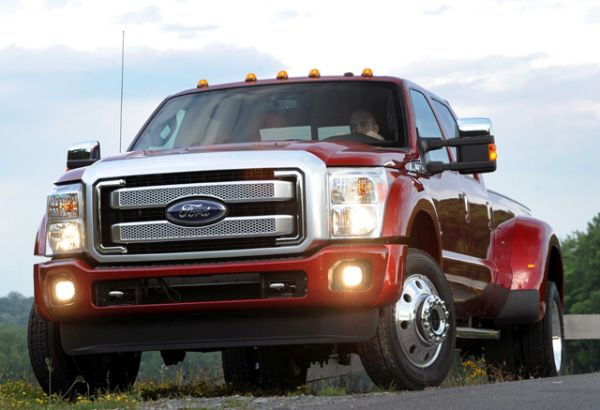 2016 ford super duty engine and exterior details. Black Bedroom Furniture Sets. Home Design Ideas