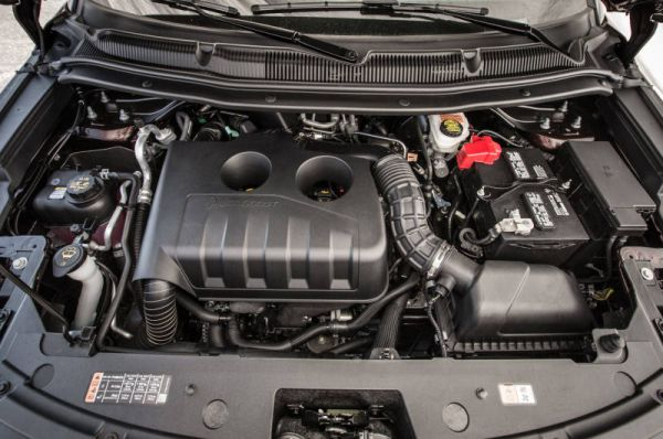 2017 Ford Explorer XLT Sport - Engine
