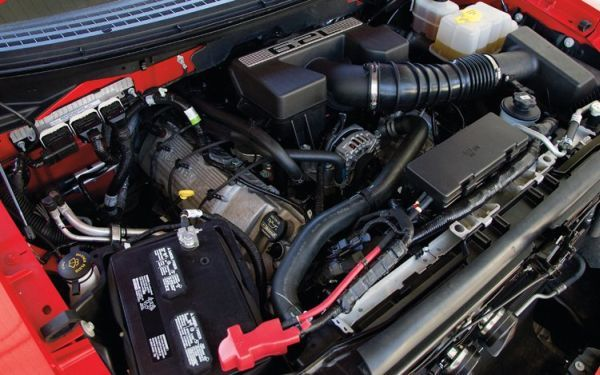 2017 - Ford F-150 Raptor Engine