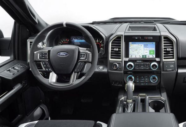 2017 - Ford F-150 Raptor Interior