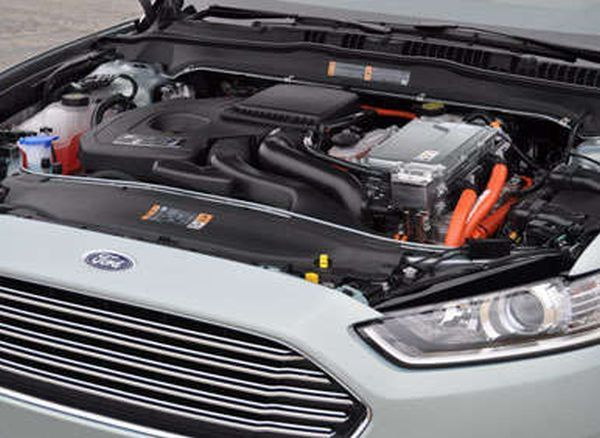 2017 - Ford Fusion Energi Engine