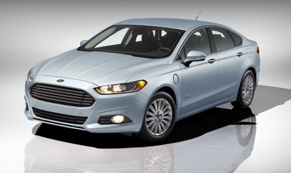 2017 - Ford Fusion Energi FI