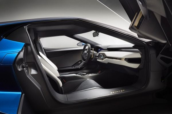 2017 Ford GT Coupe Interior