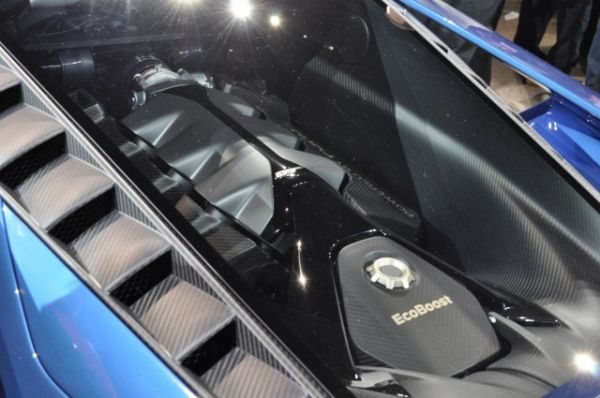2017 Ford GT Supercar Engine
