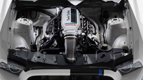 2017 - Ford Mustang Shelby GT 500 Engine