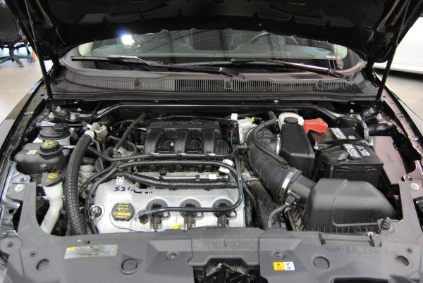 2017 - Ford Taurus Engine