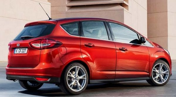 Ford C-MAX Hybrid SEL 2016 - Side and Rear View