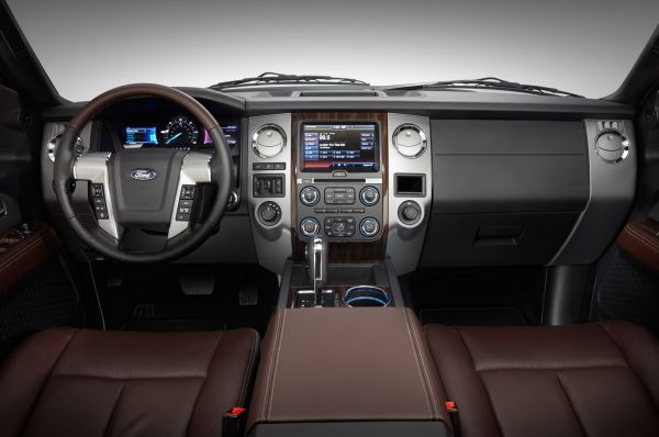 Ford Excursion 2015 - Interior