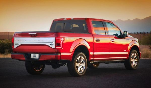 Ford F 150 Lightning 2015 - Side and Rear View