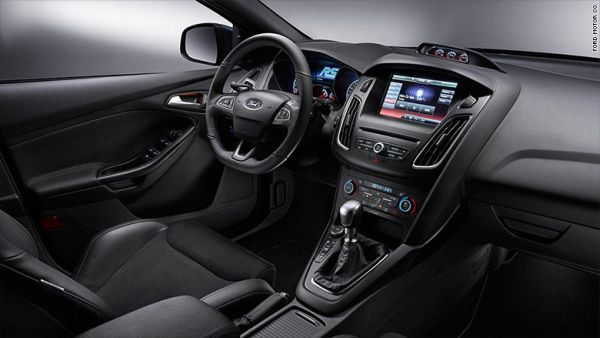 Ford Focus Electric 2017 - Interior