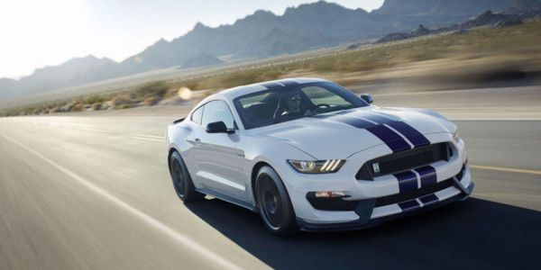 Ford GT350 Shelby Mustang 2016