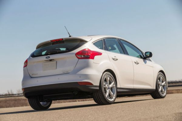 Rear View of 2015 Ford Focus Facelift