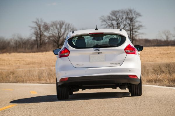 Rear View of 2015 Ford Focus