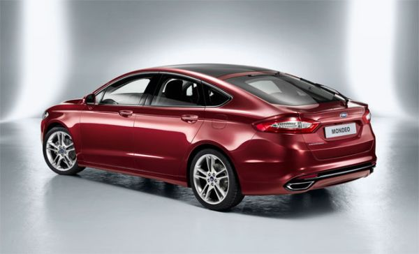 Rear View of 2015 Ford Mondeo Hybrid