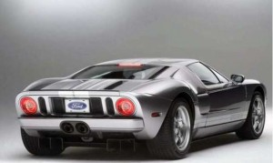 Rear View of 2016 Ford GT