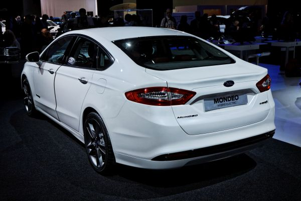 Rear View of 2016 Ford - Mondeo