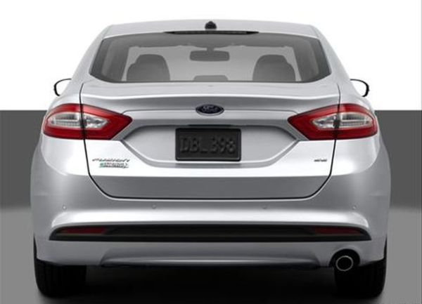 Rear View of 2017 Ford Fusion